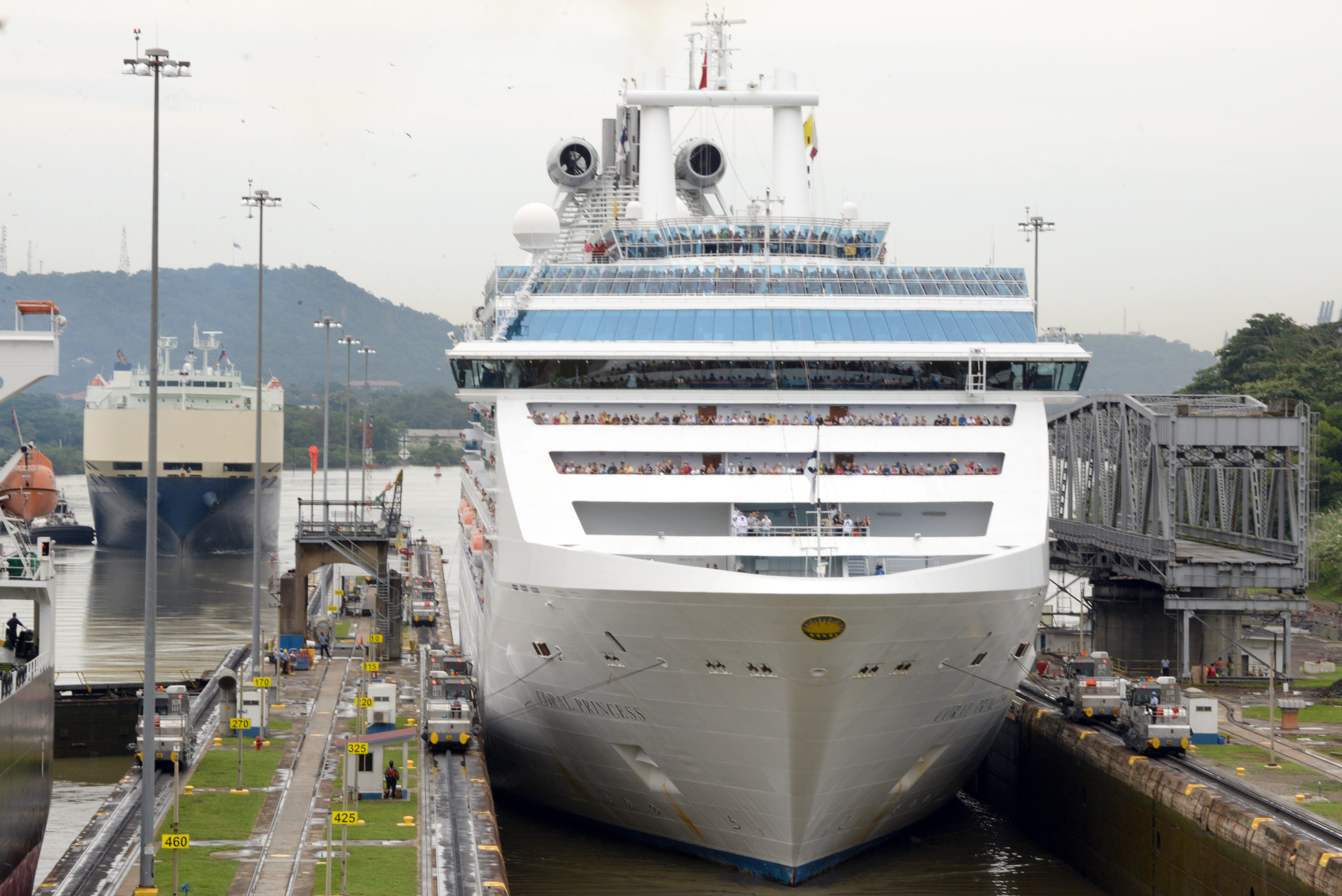 Panama Canal Cruise Season Officially Begins Ship